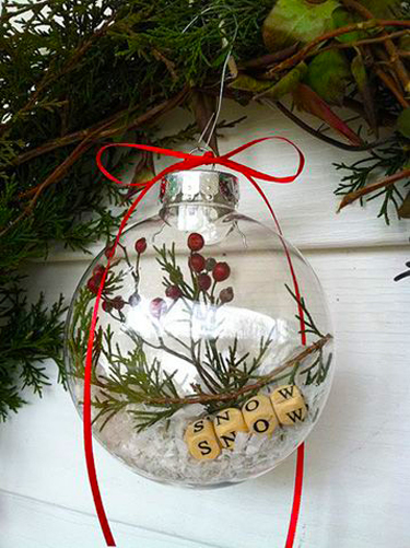 glass-memory-ball-bauble-christmas-decoration-gift-personal.jpg