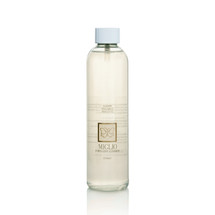 Gel jewellery cleaner. We recommend our liquid or gel cleaners for jewellery with links or textured surfaces.
