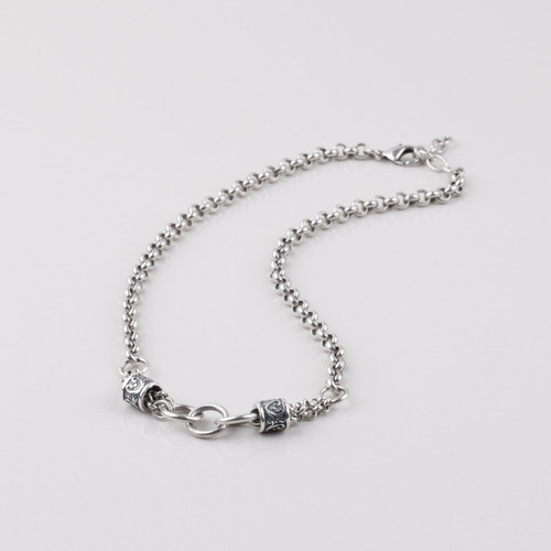Burnished silver plated handmade link and bead necklace. Length: 45 cm with lobster clasp