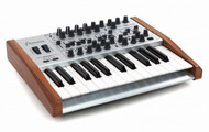 Arturia MiniBrute SE - Special Sequencer Edition Analog Synthesizer