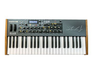 Dave Smith Instruments Mopho x4 - 4-Voice Polyphonic Analog Keyboard Synthesizer