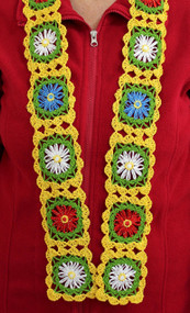 CMPATC091 Daisy Wheel Scarf made using  joined daisies constructed on a daisy wheel