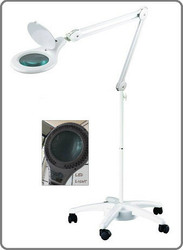 LED Magnifying Lamp (2.25X lens magnification)