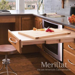 Merillat Masterpiece® Base Pull-Out Table