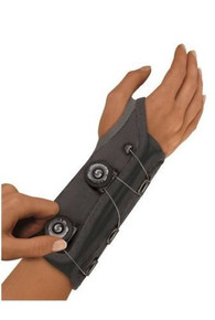 Futuro Custom Fit Adjustable Wrist Stabilizer Right Hand