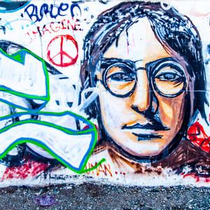 Lennon // CA043
