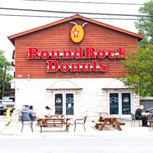 Round Rock Donuts // ATX195
