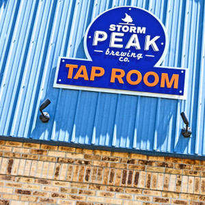 Storm Peak Tap Room // DEN159