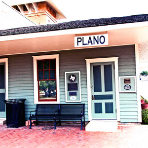 Plano Station // DTX193