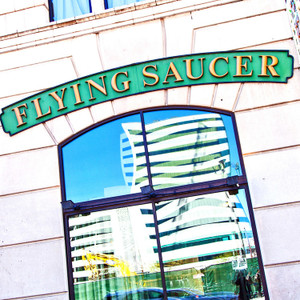 Flying Saucer// HTX053