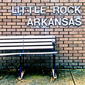 Little Rock Bench // LR050