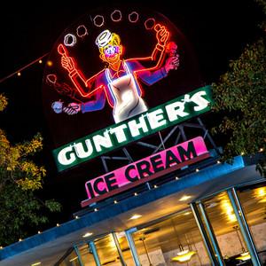 Gunther's // CA166