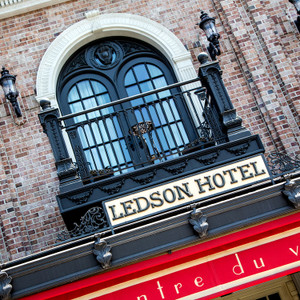 Ledson Hotel // CA169