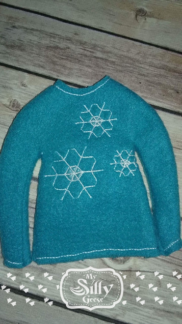 5x7 Elf Sweater Rounded Snowflake