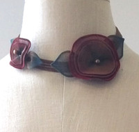 Pansy Metal Mesh Necklace