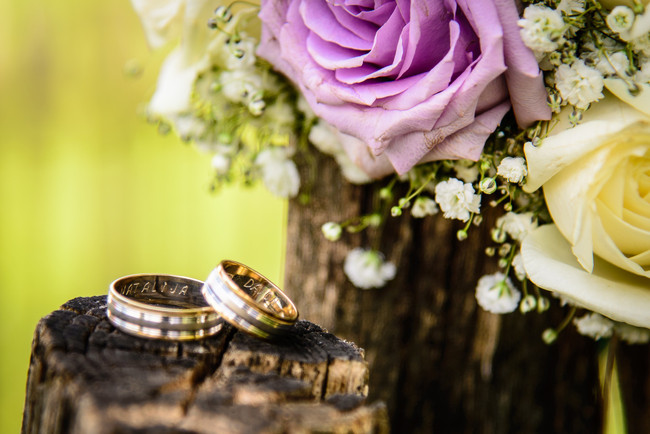 5 Ways to Save Money on Your Wedding