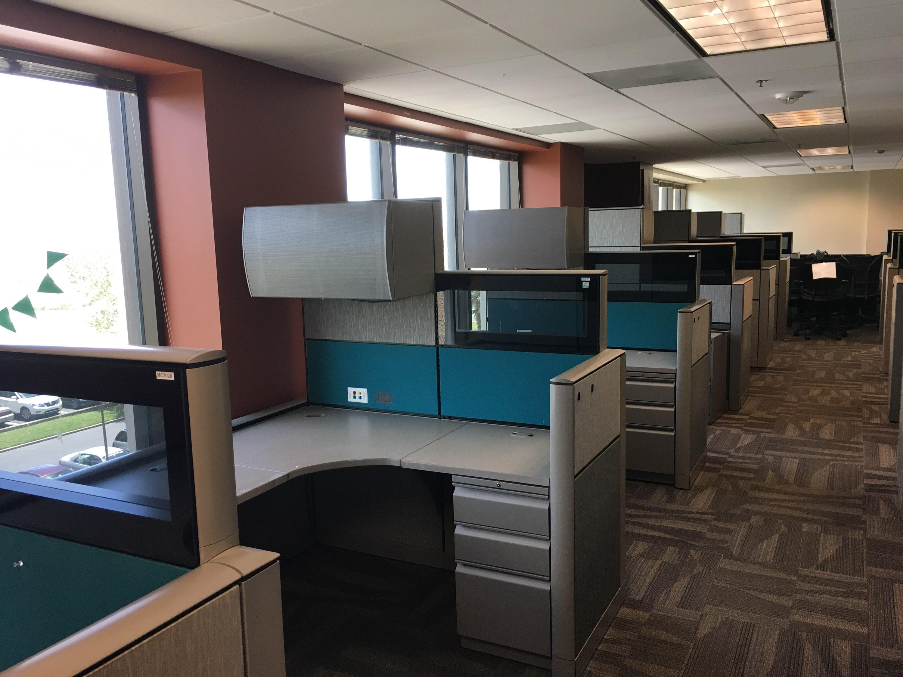 Lovely Used And New Workstations