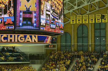 Michigan Ice Hockey vs Minnesota - 1