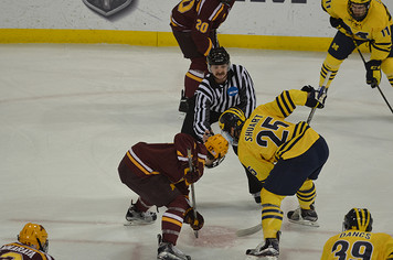 Michigan Ice Hockey vs Minnesota - 5