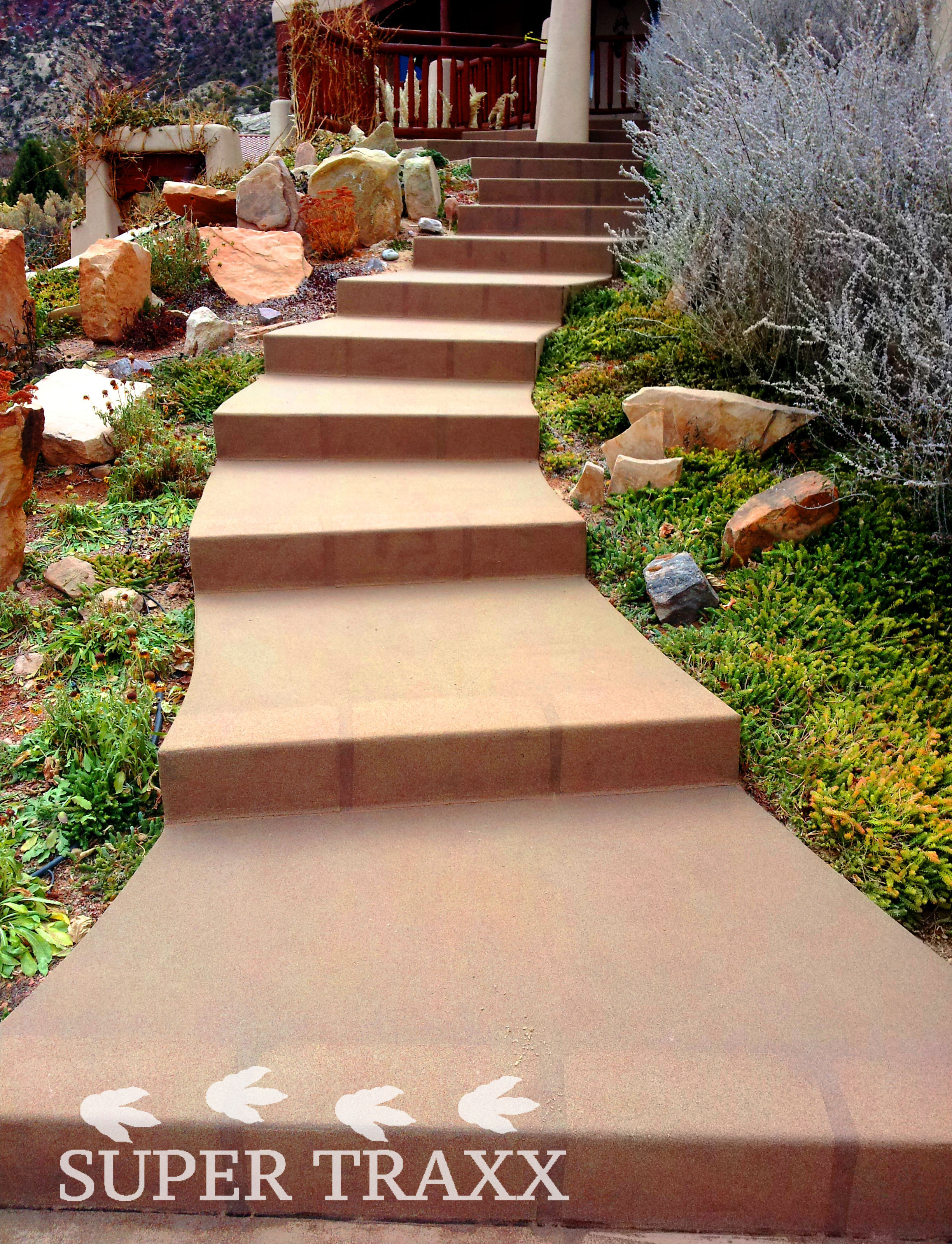 Super Traxx Outdoor Flexx quartz sanding on outdoor steps