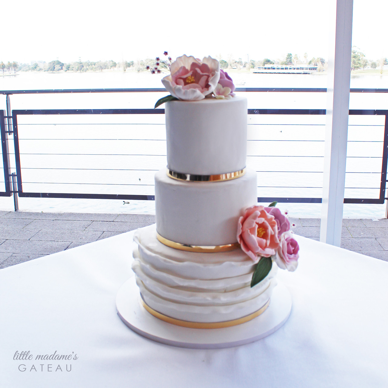 Classic White Wedding cake with Touch of Gold & Sugar Flowers
