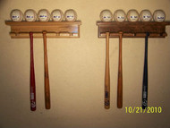 MINI BAT AND BALL DISPLAY5 Mini bats and a 5  ball display shelf     MBC 505