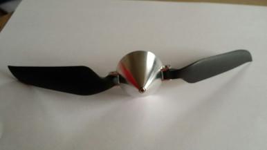 """7.5"""" x 4"""" propeller w/spinner"""
