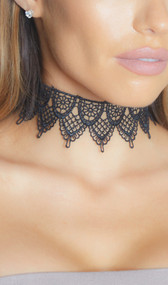 Wide tiered choker with scalloped edges and adjustable lobster clasp closure. Flower and hearts design.