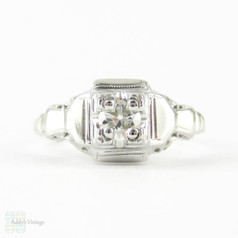 Art Deco Filigree Engagement Ring, 18ct White Gold Single Stone 0.15 ct Round Brilliant Cut Diamond Ring. Circa 1930s.
