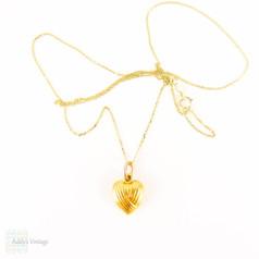 Vintage Heart Charm on 9 Carat Gold Chain, Love Heart Shape. Circa 1960s, 9 Karat Gold.