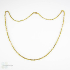 Antique 14 Carat Gold Chain, Narrow Trace Chain with Engraved Ridged Links. 43 cm / 17 inches, 5.7 grams.