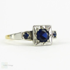 Vintage Sapphire Engagement Ring, Mid 20th Century Three Stone Blue Sapphire Ring in 18ct Yellow Gold & Platinum.