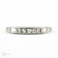 Art Deco Diamond Wedding Ring, Five Stone Slender Diamond Band with Engraved Detail. Circa 1930s, 18K.
