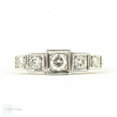 Five Stone Diamond Wedding Ring, Vintage Graduated Design Square Set Engagement Ring. Circa 1940s, 18ct PLAT.