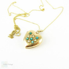 Vintage 9ct Gold Heart Locket, Turquoise & Split Pearl Puffy Love Heart Shape Photo Locket. Circa 1970s.