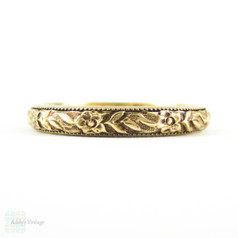Vintage Engraved Men's Wedding Ring by JR Wood. Floral Engraving with Milgrain Beading in 14K Yellow Gold. Size U.5 / 10.5, Circa 1940s.
