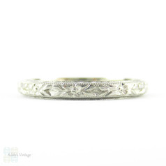 Art Deco Engraved Wedding Ring, Highly Detailed Orange Blossom Flower Engraved Wedding Band by Belais. 18K, Size P.5 / 8.