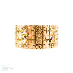 Victorian Engraved 9ct Gold Ring, Wide Cigar Style Engraved Floral Design Wedding Band. Circa 1880s, Size K.5 / 5.5.