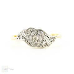 Art Deco Diamond Ring, Asymmetrical Wave Design. Circa 1920s, 18ct & PLAT.