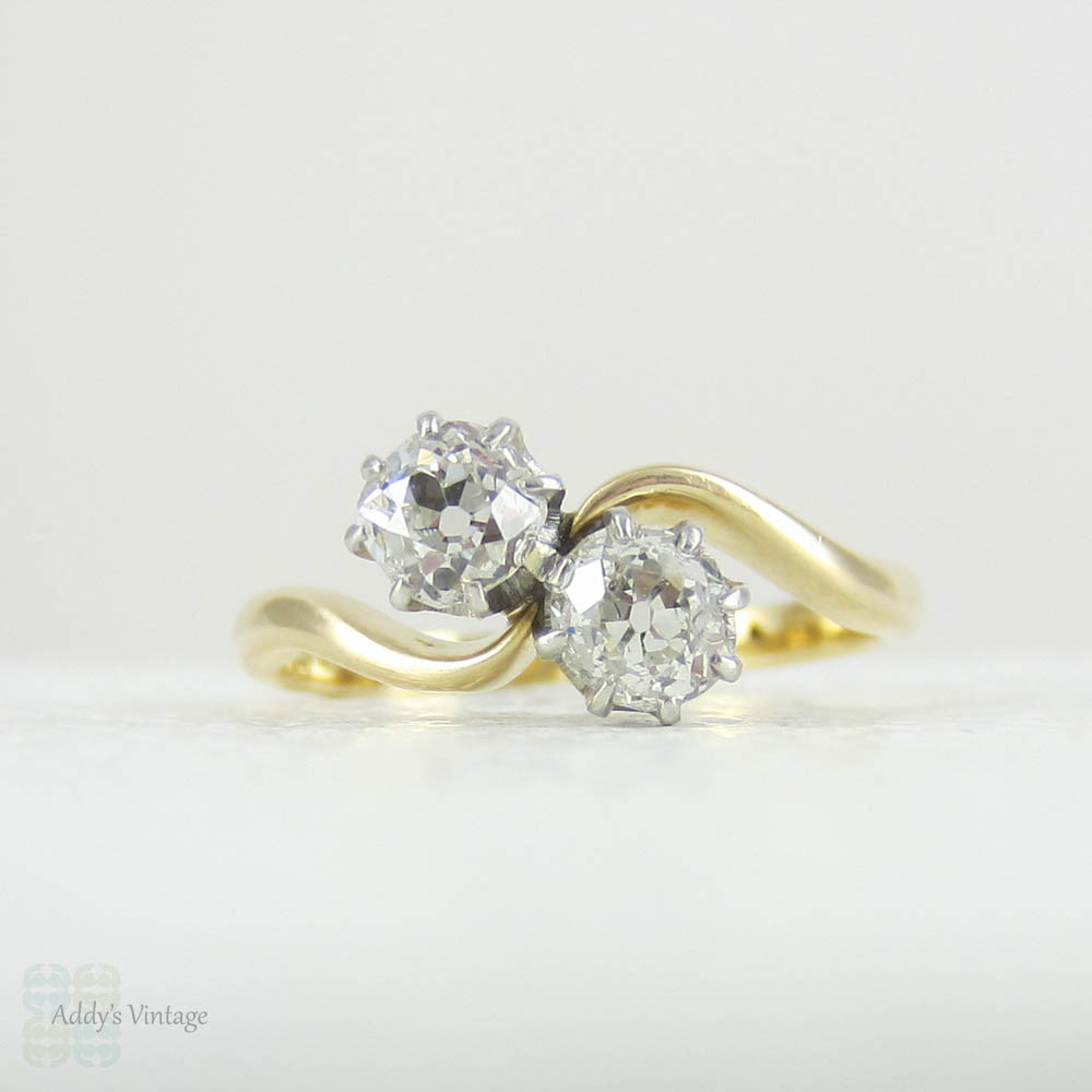 And vintage antique style engagement ring