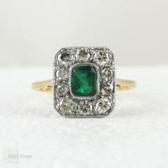 stunning emerald engagement ring three