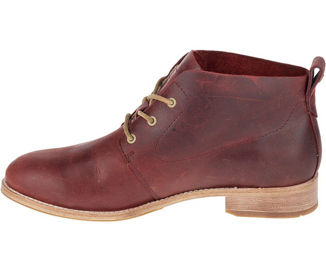 Red CAT boot