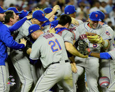New York Mets celebrate winning Game 5 of the 2015 National League Division Series 16x20 Stretched Canvas