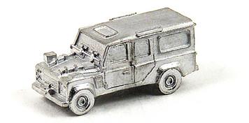 Land Rover Defender 110  - N582