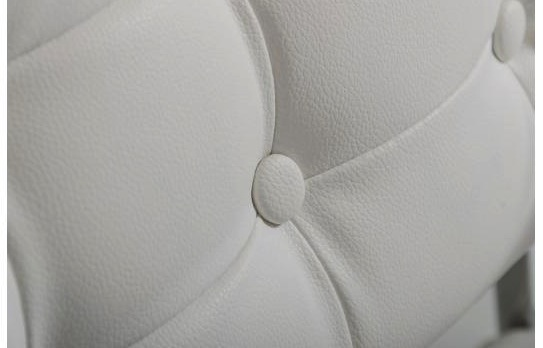 directorschair-close-up-white.jpg