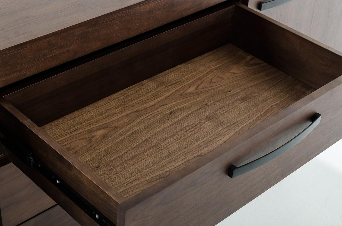 herald-close-up-walnut.jpg