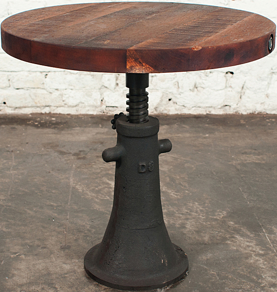 The nuevo hgda219 VR40 side table made if cast iron and reclaimed wood