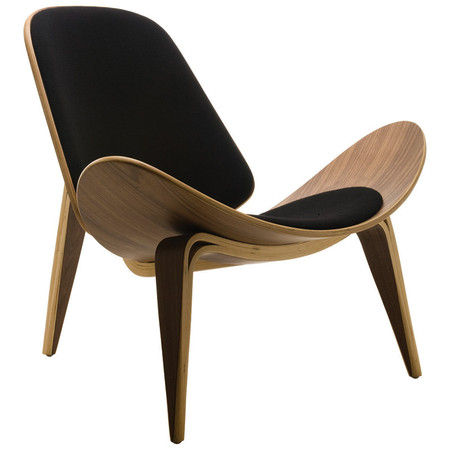 Wegner shell chair home and office furniture for Famous modern chairs