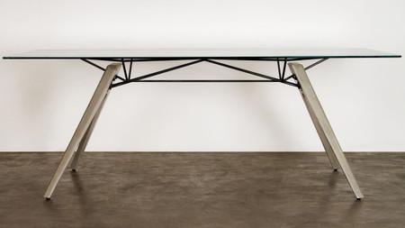 Nuevo Living Kahn Dining Table