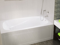 "Mirolin Phoenix 60"" x 30"" Skirted Right Hand Bath Tub"